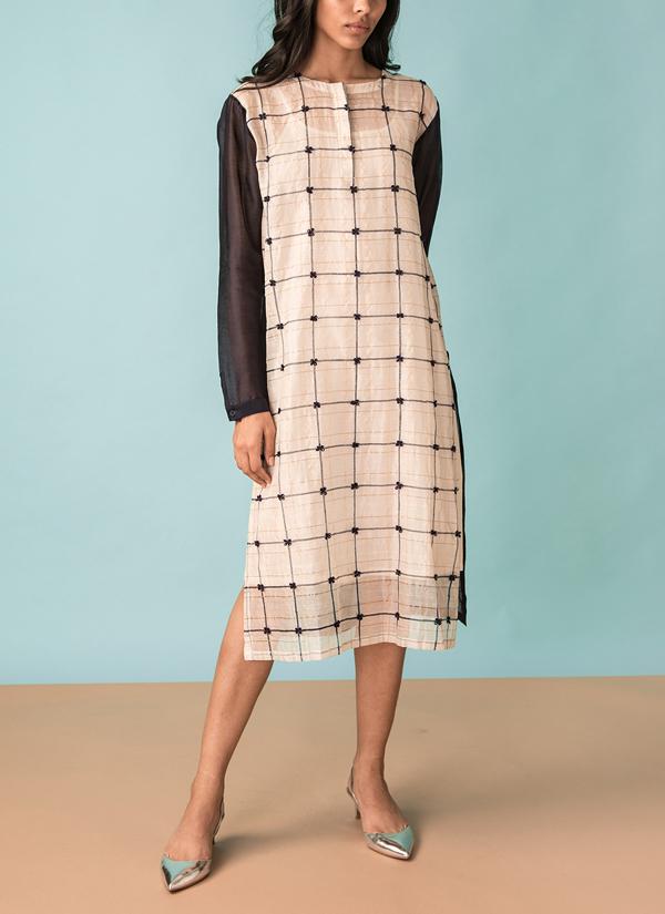 20d0ecf4cd0572 Indian Fashion Designers - Kanelle - Contemporary Indian Designer - Zari  Checkard Colour Blocked Tunic -