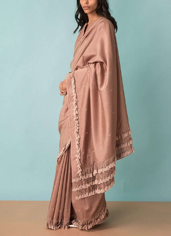 78e55f92722434 ... Indian Fashion Designers - Kanelle - Contemporary Indian Designer -  Tasseled Saree With Hand Embroidery Blouse ...