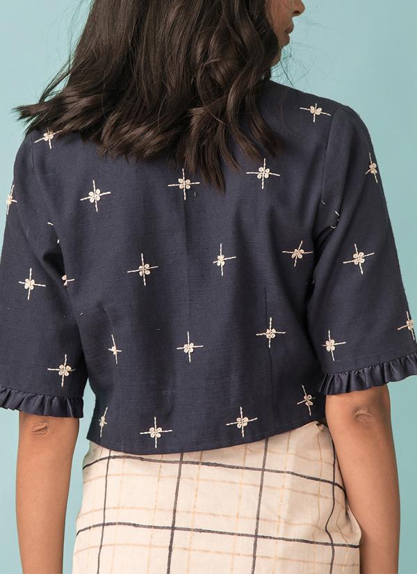 662737e6f46ea5 ... Indian Fashion Designers - Kanelle - Contemporary Indian Designer - Zari  Checkard Saree With Hand Embroidered