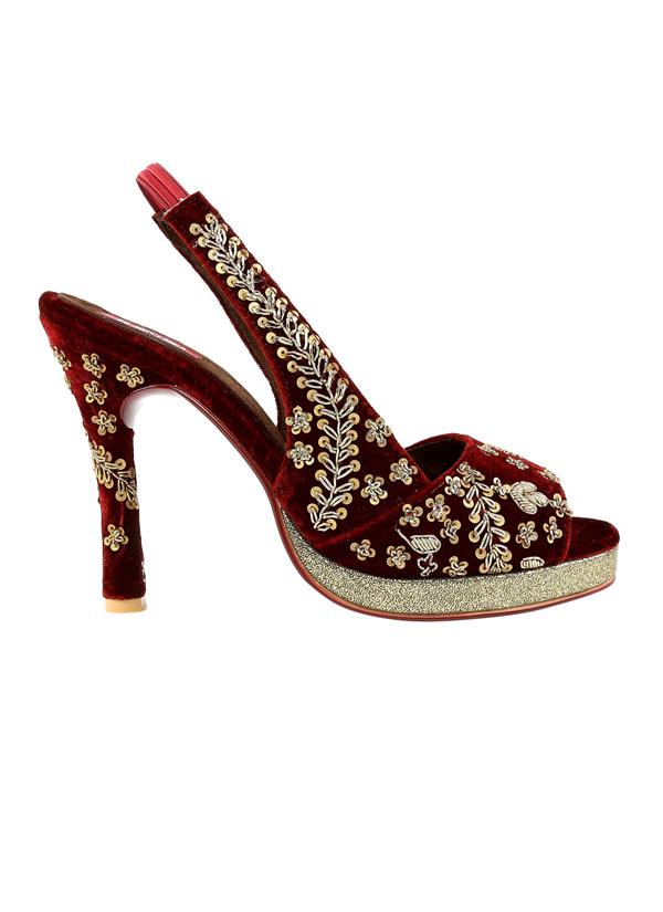 2e0dc2432ec ... Indian Fashion Designers - Veruschka - Contemporary Indian Designer -  Shyla - VER-AW17-