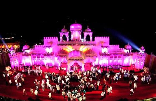 Beautiful Indian Wedding Venue | Big Fat Indian Wedding on a Budget