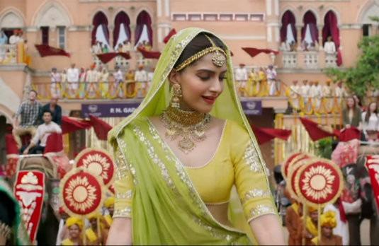 Sonam Kapoor Wearing A Green Lehenga | Stunning Summer Bridal Trends in India