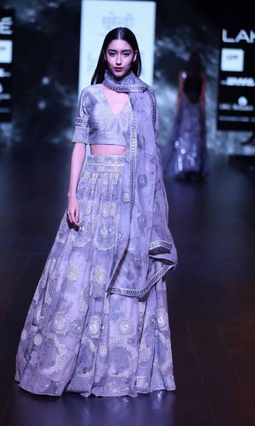 Surendri-Surendri by Yogesh Chaudhary at Lakme Fashion Week - AW16 - Look 16