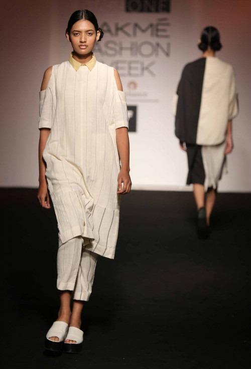 ASA-ASA at Lakme Fashion Week - AW16 - Look 5