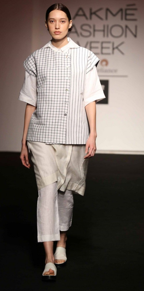 Asa Kazingmei at Lakme Fashion Week - AW16 - Look 6