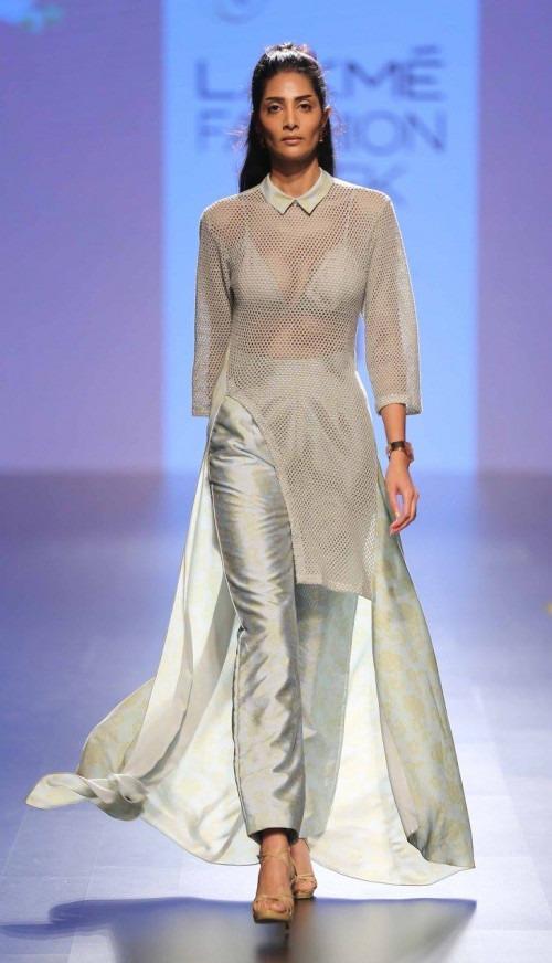 Neeta Lulla-NEETA LULLA AT LAKME FASHION WEEK - AW16 - LOOK 30