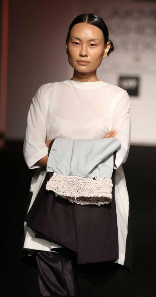 ASA-ASA at Lakme Fashion Week - AW16 - Look 15
