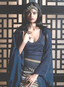 Indian Fashion Designer Tarun Tahiliani's New Spring Summer Collection