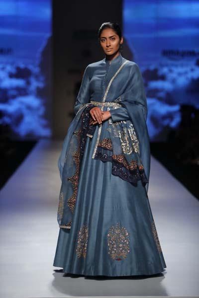e4da3d89084 Anju Modi - Amazon India Fashion Week - Autumn Winter 17 - 8