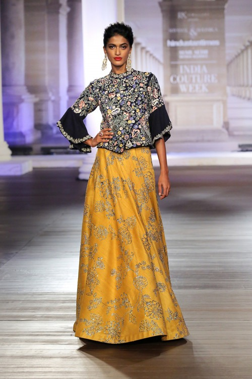 f3875adb47 Shyamal   Bhumika - India Couture Week 2018 - 7