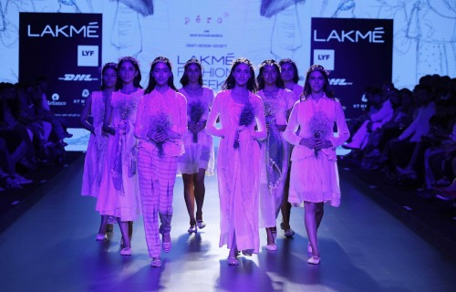 Pero by Aneeth Arora at Lakme Fashion Week AW16 - Look 1