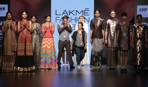 Pero by Aneeth Arora at Lakme Fashion Week AW16 - Look 9