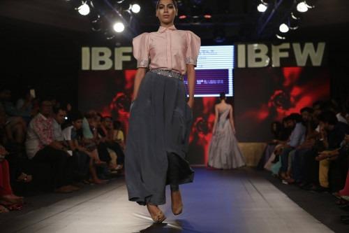 Dimple Raghani at India Beach Fashion Week AW15 - Look 9
