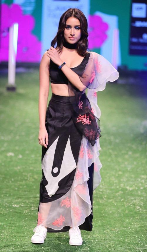 Masaba Gupta at Lakme Fashion Week AW16 - Look 26