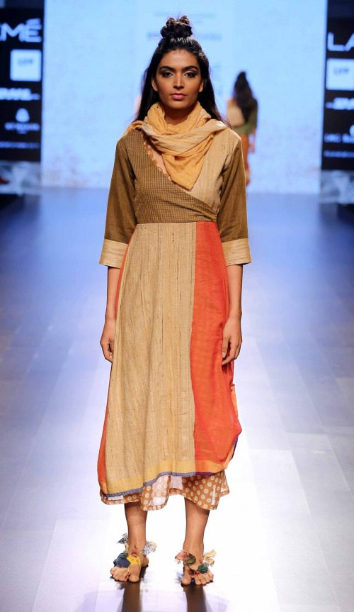 Paromita Banerjee at Lakme Fashion Week AW16 - Look 17