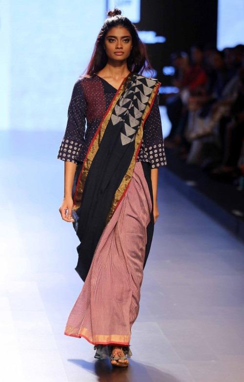 Paromita Banerjee at Lakme Fashion Week AW16 - Look 32