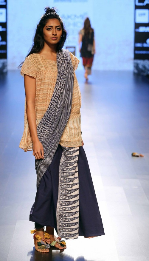 Paromita Banerjee at Lakme Fashion Week AW16 - Look 6