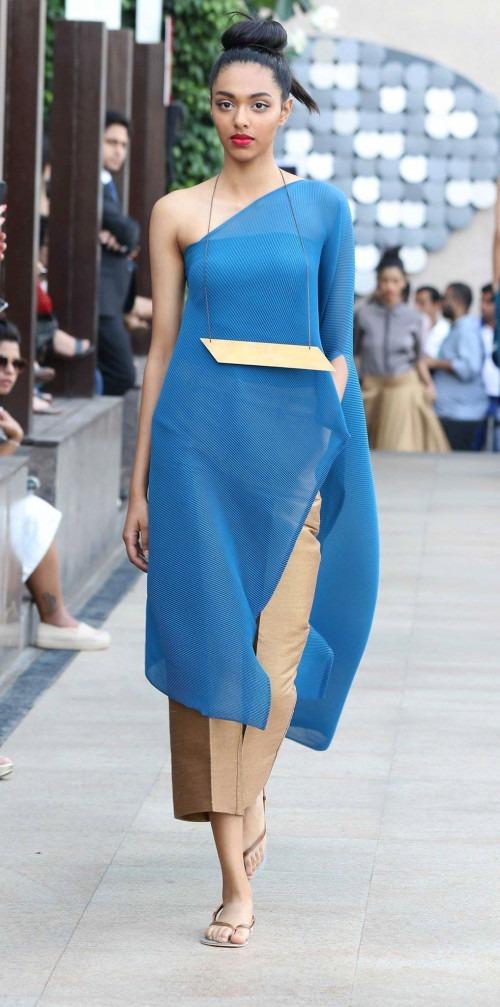Payal Khandwala at Lakme Fashion Week AW16 - Look 13