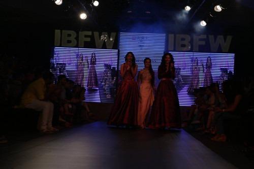 Riddhi Arora at India Beach Fashion Week AW15 - Look24