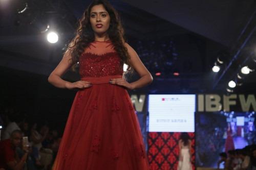 Riddhi Arora at India Beach Fashion Week AW15 - Look36