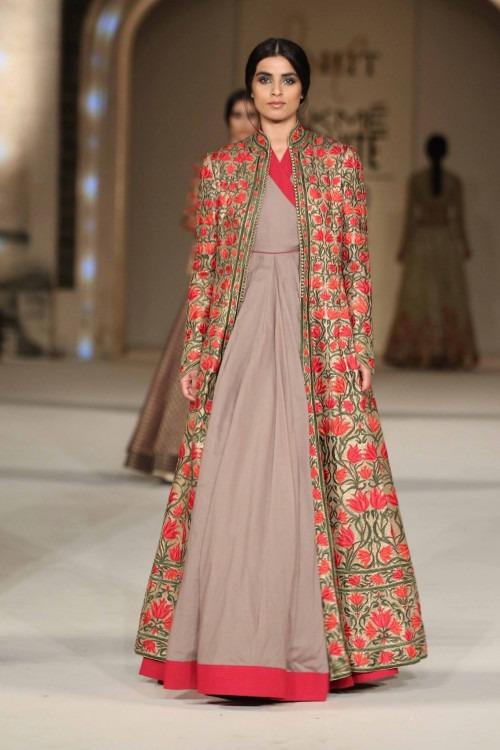Rohit Bal at Lakme Fashion Week AW16 - Look 44  ba3d9ea1da