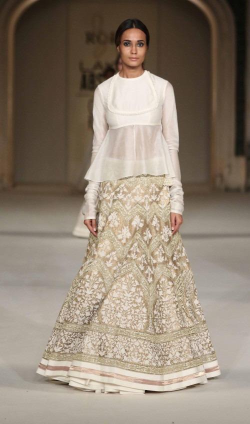 Rohit Bal at Lakme Fashion Week AW16 - Look 8