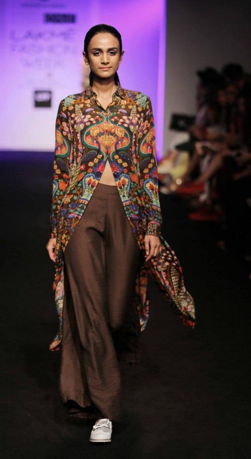 Siddhartha Bansal at Lakme Fashion Week AW16 - Look 11