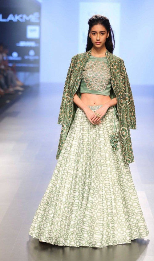Sonam and Paras Modi at Lakme Fashion Week AW16 - Look 13