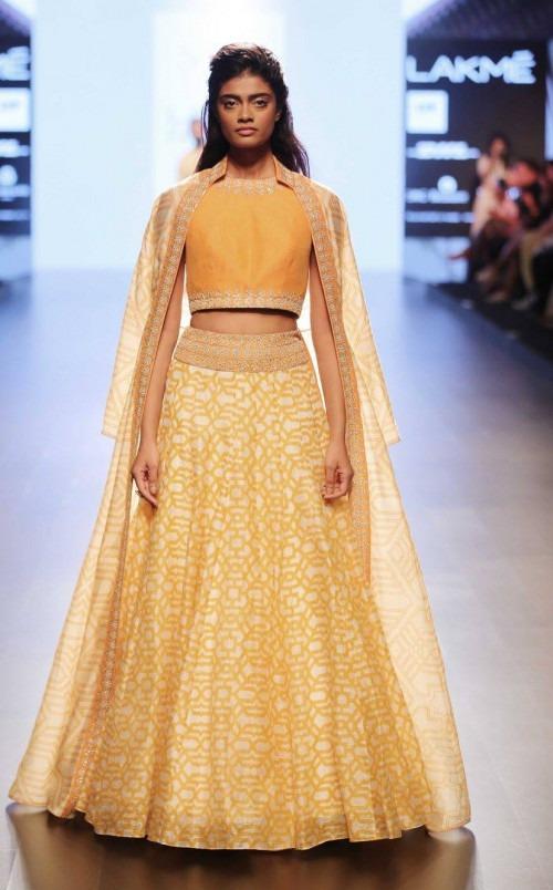Sonam and Paras Modi at Lakme Fashion Week AW16 - Look 21