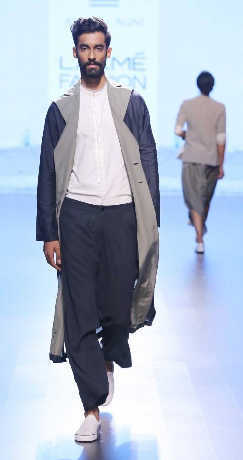 Ujjawal Dubey at Lakme Fashion Week AW16 - Look 12