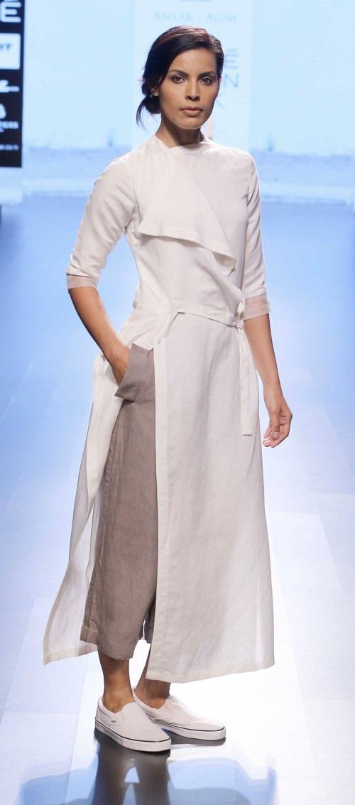 Ujjawal Dubey at Lakme Fashion Week AW16 - Look 13