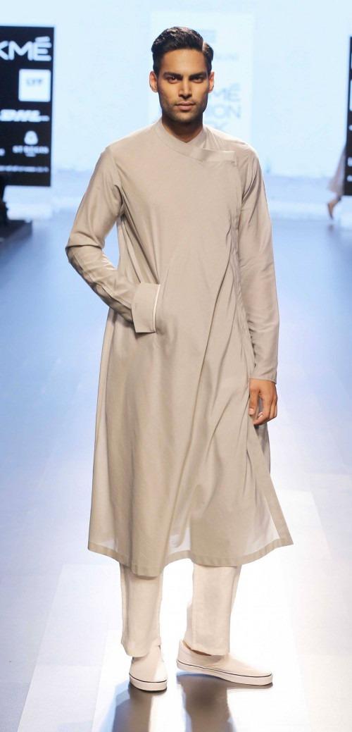 Ujjawal Dubey at Lakme Fashion Week AW16 - Look 14