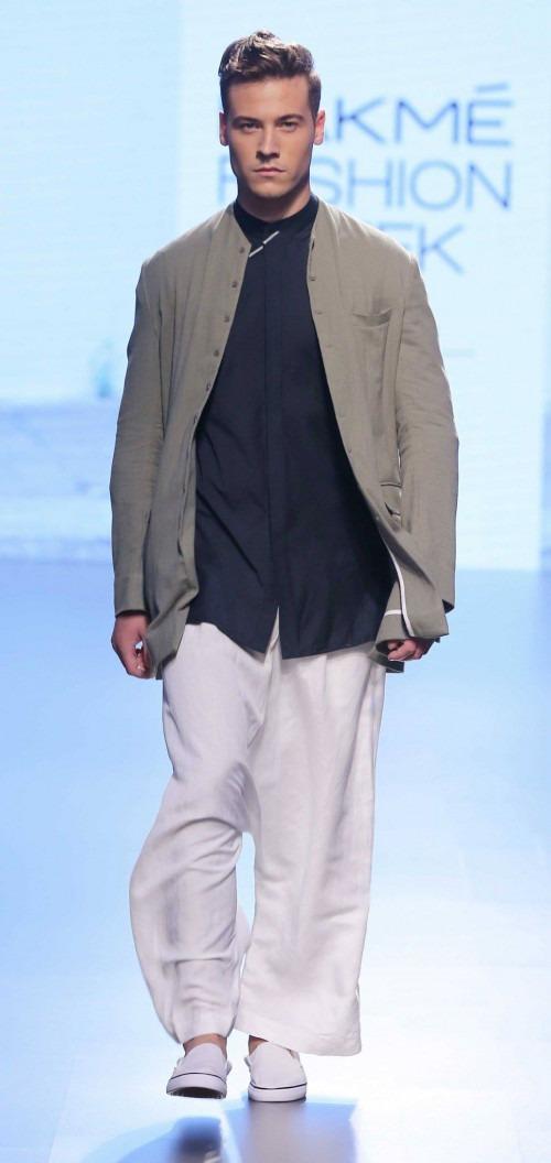 Ujjawal Dubey at Lakme Fashion Week AW16 - Look 17
