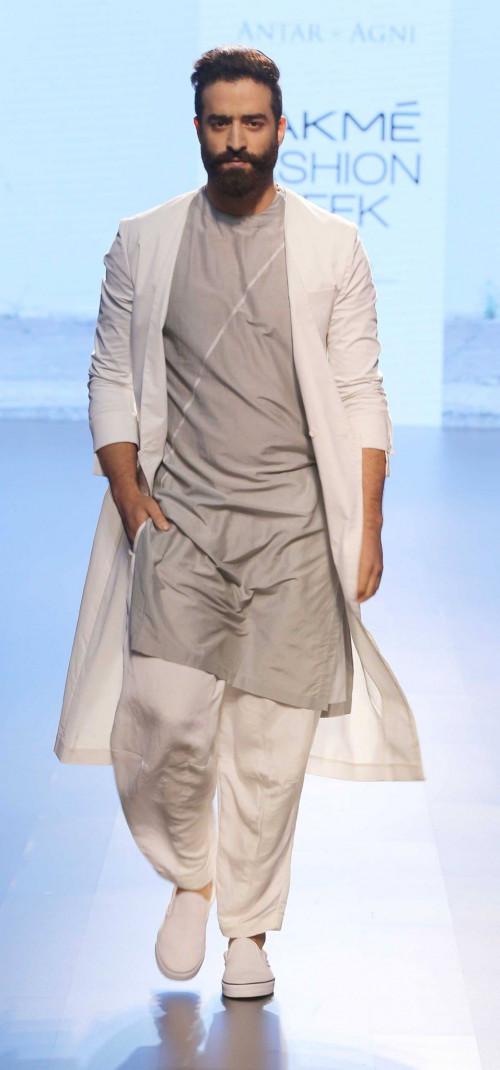 Ujjawal Dubey at Lakme Fashion Week AW16 - Look 1