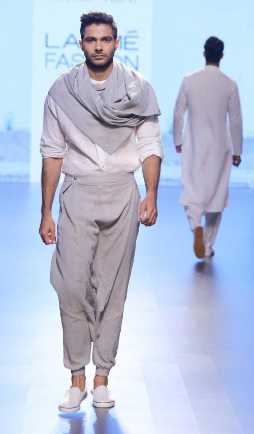 Ujjawal Dubey at Lakme Fashion Week AW16 - Look 7