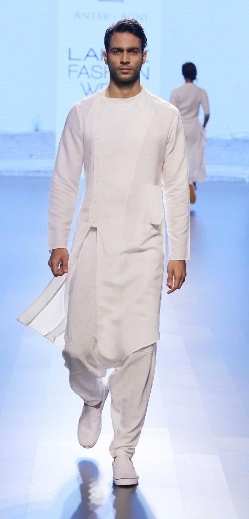 Ujjawal Dubey at Lakme Fashion Week AW16 - Look 9