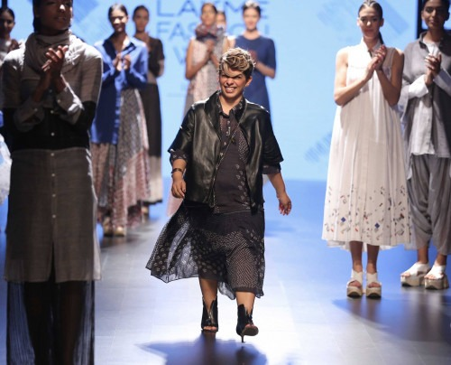 Urvashi Kaur at Lakme Fashion Week AW16 - Look 11