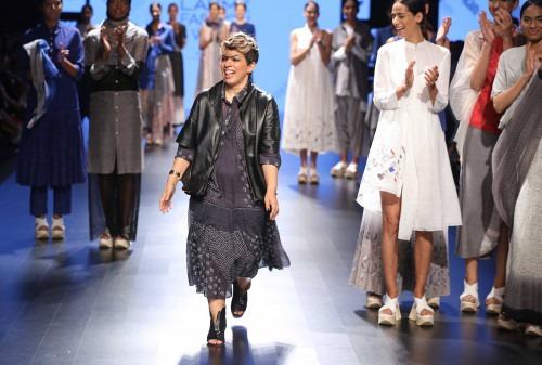 Urvashi Kaur at Lakme Fashion Week AW16 - Look 12