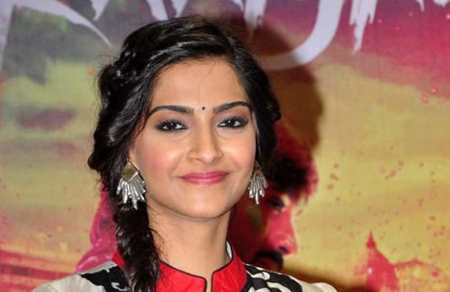 STYLE ICON: SONAM KAPOOR - Stylish Thoughts