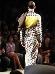 Houndstooth Saree by Indian Designers Abraham & Thakore