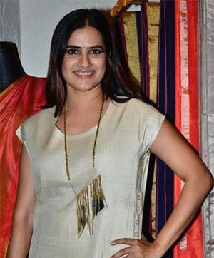 Sona Mohapatra in Abraham & Thakore at their Collection Preview
