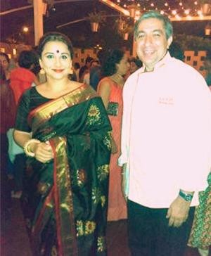 Vidya Balan in designer saree with head-chef Rajeev Arora