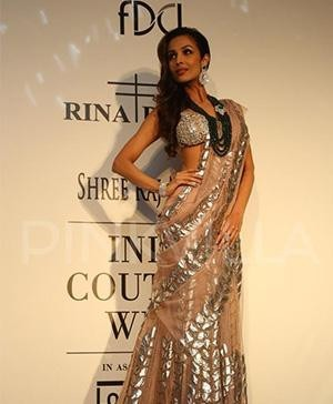 Malaika Arora Khan for Indian Designers Rina Dhaka at India Couture Week 2014