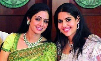 Bollywood Actress Maheshwari Ayyappan becomes an Indian Fashion Designer | Maheshwari Ayyappan and Sridevi