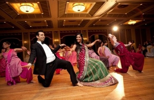 Cographed Indian Wedding Dancing The Latest Trend Of Bollywood Dance Performances