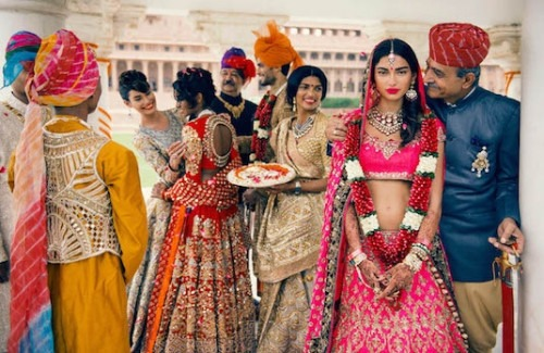 Band, Baaja, Baarati: An Indian Wedding Guests Style Guide