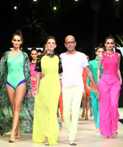 Indian Fashion Going Global For Future Business Leaders Narendra Kumar News