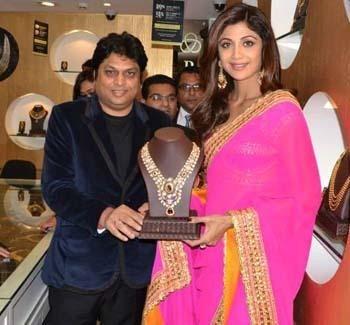 Gorgeous Shilpa Shetty Wearing a Magnificent Pink Saree| Shilpa Shetty at the PC store launch