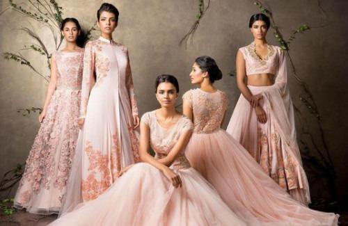 Stunning Indian Designer Dresses for a Wedding Reception Indian