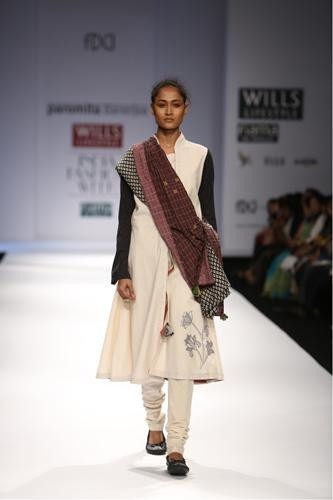 Indian Designer Paromita Banerjee Wills Lifestyle India Fashion Week 2014